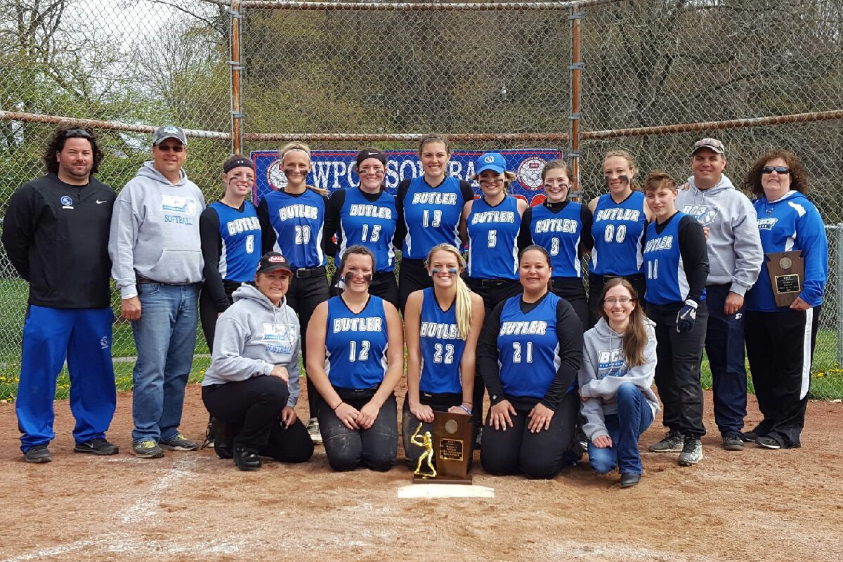 The BC3 Softball Team poses with their WPCC trophey.