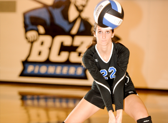 BC3 volleyball player ready to hit ball