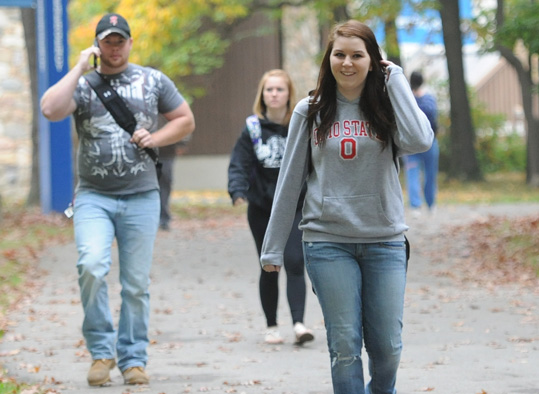 BC3 students walking on campus